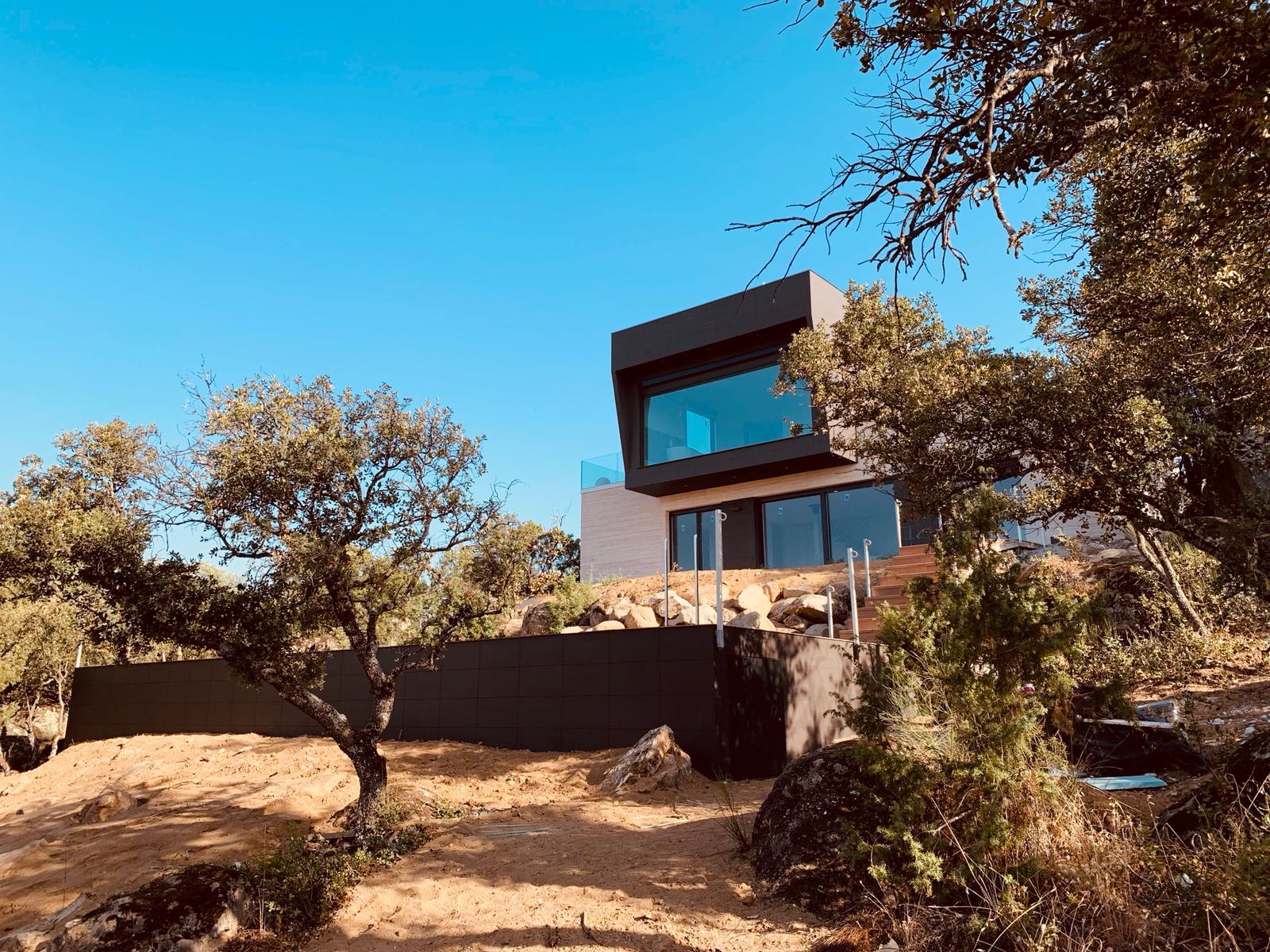 casa-prefabricada-moderna-navalgamella-madrid-1
